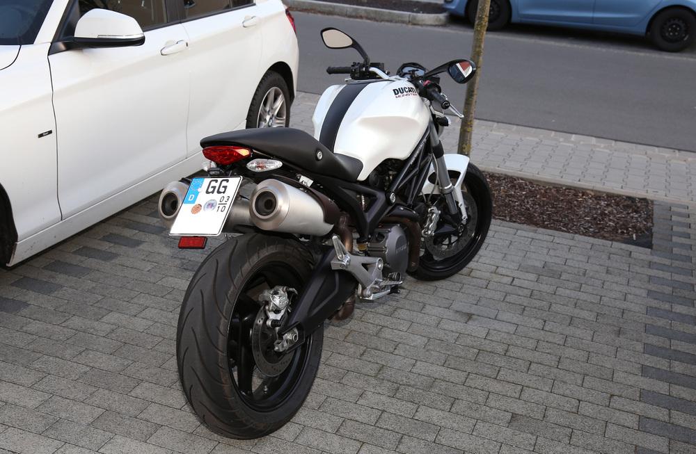 Ducati Monster 696  xyz.jpg