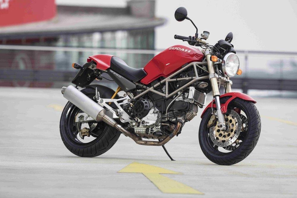 Ducati-Monster_M900_RG18_003-1.jpg