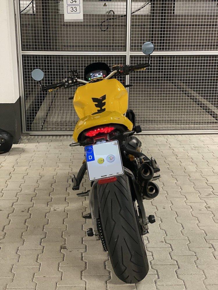 Moto23 - 1.jpeg