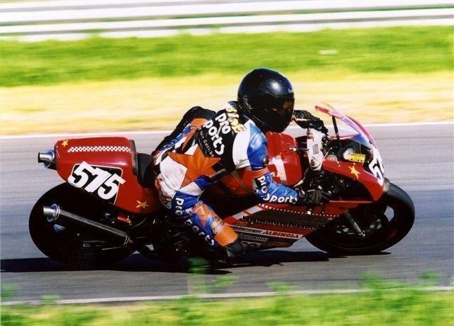 Ducati900SS-me.jpg