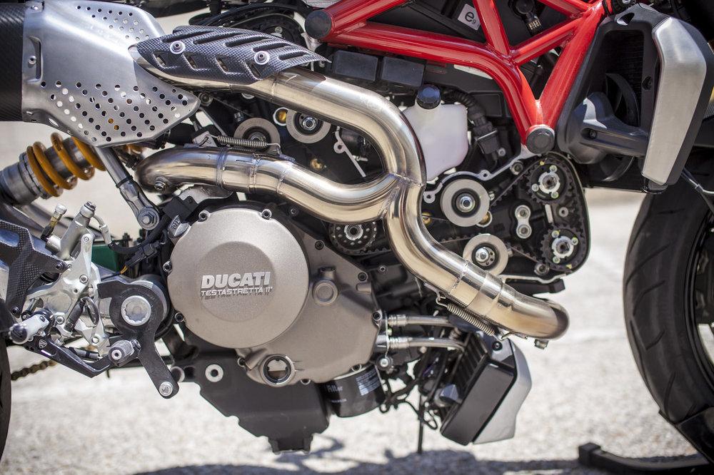Ducati-Monster-Motorcycle-13.thumb.jpg.43e518f5f928874572055557598bff02.jpg
